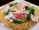 Seafood Crispy Egg Noodle